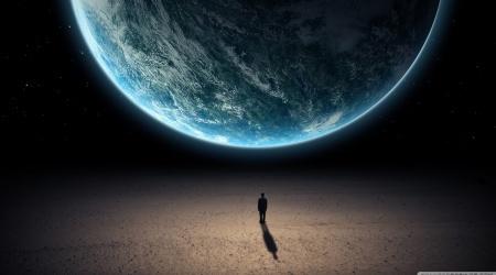 من خلق الكون؟