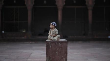 الصائمون والغاضبون: الملحدون يتحملون جوع رمضان لتجنب السجن